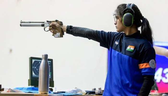 Youth Olympic: 16 साल की मनु भाकर ने भारत को शूटिंग में पहला गोल्ड दिलाया