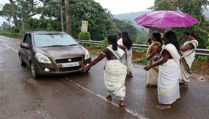 सुप्रीम कोर्ट के फैसले के बाद आज खुलेगा सबरीमाला मंदिर, तनाव की स्थिति
