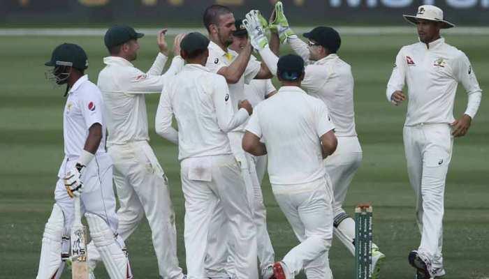 99 के फेर में फंसे बाबर आजम, पाकिस्तान की टीम ऑस्ट्रेलिया पर जीत के करीब