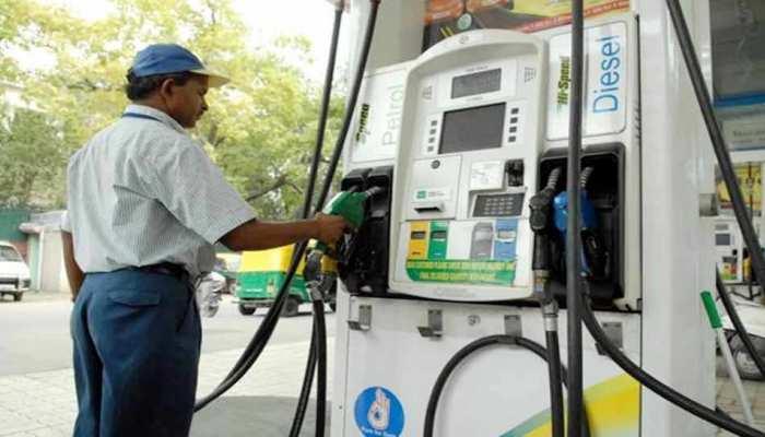 बढ़ सकती है आपकी मुश्किल, आज से 24 घंटे तक बंद रहेंगे दिल्ली के पेट्रोल पंप