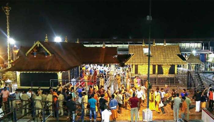 सबरीमला मंदिर के द्वार बंद, 6 दिन में तमाम कोशिशों के बाद भी महिलाएं नहीं कर सकीं प्रवेश
