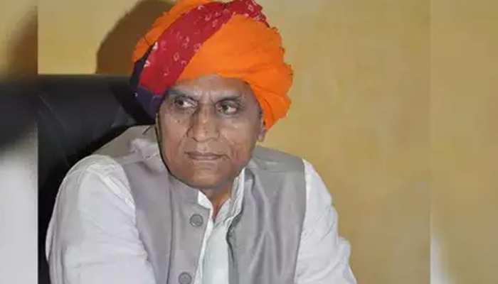 राजस्थान: बीजेपी को बड़ा झटका पूर्व विधायक सहित 4 नेताओं ने थामा कांग्रेस का हाथ