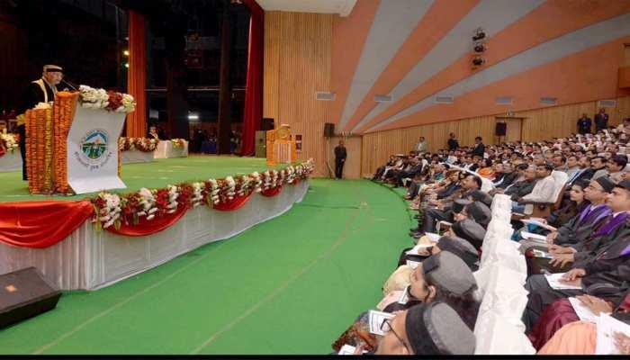देश में बड़ी संख्या में अच्छे डॉक्टरों और मेडिकल कॉलेजों की जरूरत : राष्ट्रपति