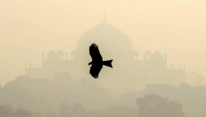 दिल्ली की हवा बिगड़ी, स्थिति हुई 'गंभीर', मोमबत्ती-अगरबत्ती जलाने से बचने की एडवायजरी जारी