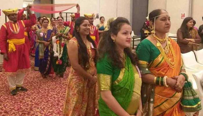 बहू ने सास को दुल्हन की तरह किया तैयार, दोनों ने साथ में किया रैम्प वॉक