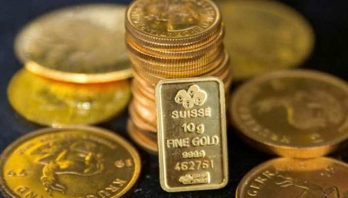 10 हजार की खरीदारी पर सोने का सिक्का मुफ्त पाएं, जानें इस ऑफर के बारे में