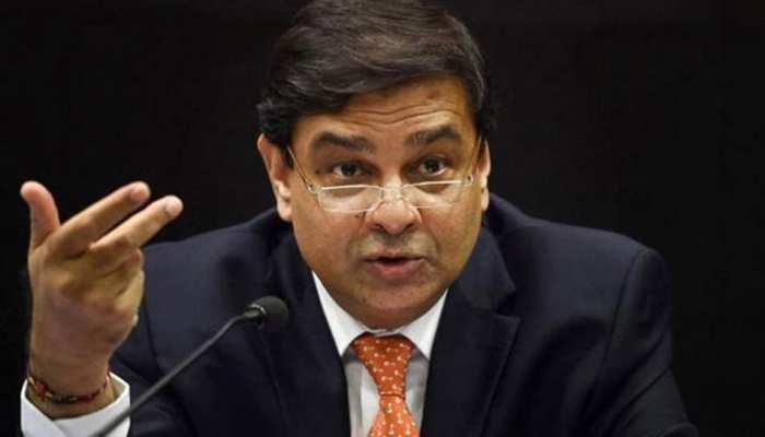 डिफॉल्टर्स की सूची जारी नहीं करने पर RBI गवर्नर उर्जित पटेल को मिला नोटिस