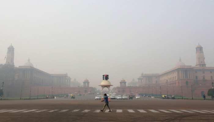 दिवाली की सुबह दिल्ली-NCR के लिए लाई खुशखबरी, कम हुआ जहरीले धुएं का असर