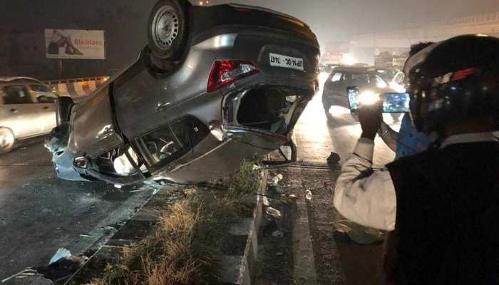 Delhi : 1 woman died in car accident in punjabi bagh