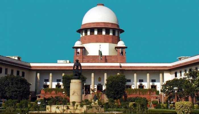 सीबीआई निदेशक आलोक वर्मा की याचिका पर सोमवार को होगी सुनवाई, CVC सौंपेगी रिपोर्ट