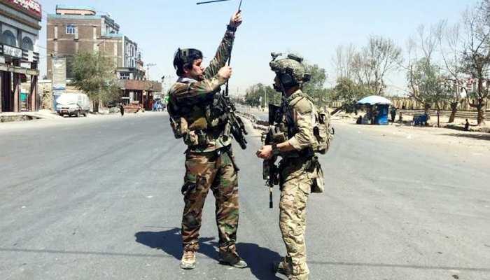 Taliban Attack: अफगानिस्तान में तालिबान के हमलों में 12 सुरक्षाकर्मी शहीद