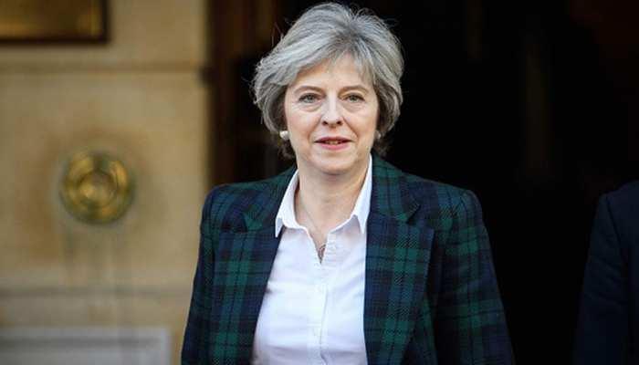 प्रधानमंत्री टेरेसा मे ने ब्रिटेन मे हिंदुओं के योगदान की तारीफ की