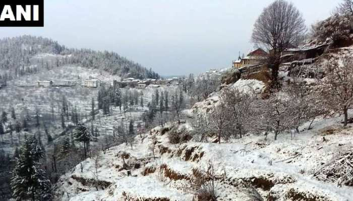 ten fresh snowfall picture from Himachal Pradesh will takes your heart away