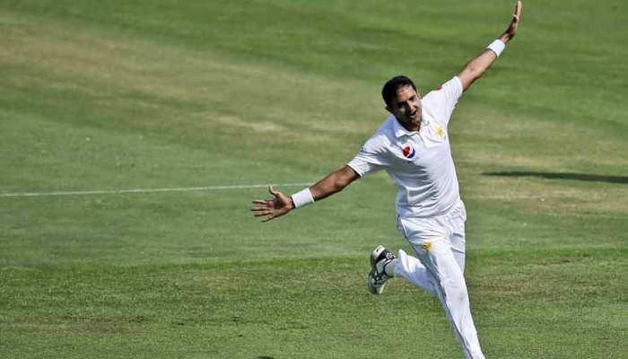 अबु धाबी टेस्ट: न्यूजीलैंड को 153 रन पर समेटने के बाद खुद भी लड़खड़ाया पाकिस्तान