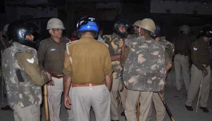 मिर्जापुर: VHP के जुलूस में दो पक्षों में हुआ संघर्ष, दो घायल