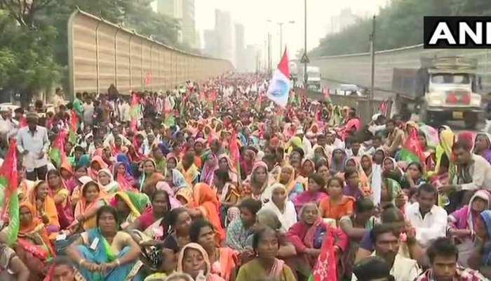 मुंबई की सड़कों में 20 हजार किसानों का 'महामार्च', सुरक्षा के कड़े इंतेजाम
