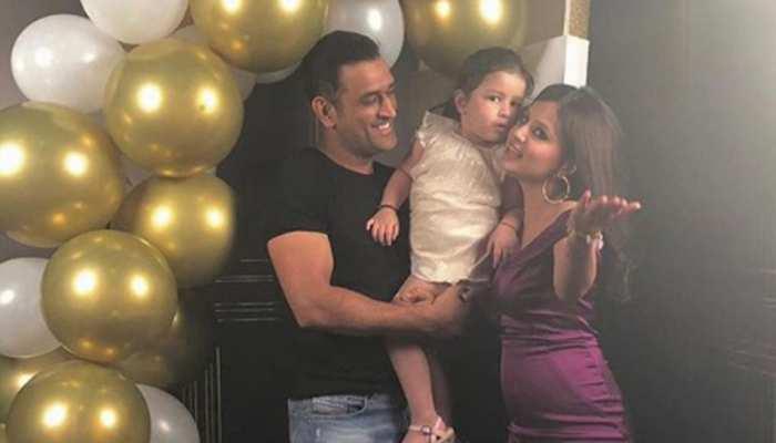 VIDEO: साक्षी धोनी ने शादी के 8 साल बाद खोला बड़ा राज, इस क्रिकेटर की वजह से मिले मैं और माही