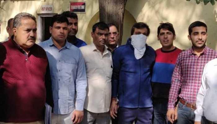 दिल्ली : बिल्डरों से रंगदारी मांगने वाला 'जोजो डॉन' गिरफ्तार
