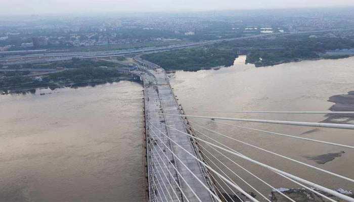 सिग्नेचर ब्रिज पर सेल्फी लेना होगा मुश्किल, नियम तोड़ने वालों पर ऐसे नकेल कसेगी पुलिस