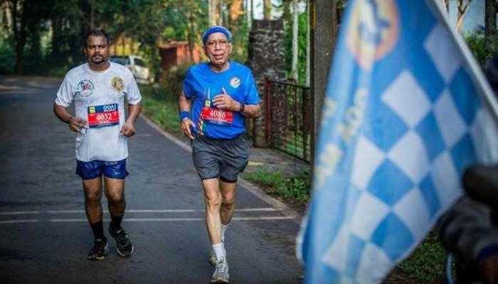 अपनी 100वीं मैराथन दौड़ने के बाद इस 80 साल के 'जवान' ने ली 'विदाई'
