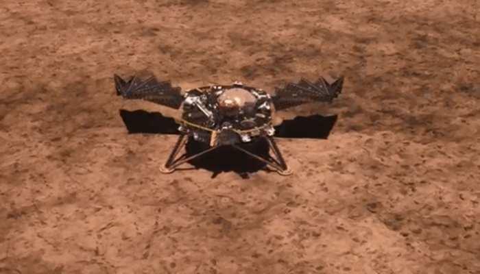NASA''s InSight lander on the surface of Mars