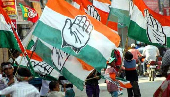 तेलंगाना चुनाव : कांग्रेस उम्मीदवार के घर पर पुलिस ने मारी रेड, तो की आत्मदाह की कोशिश