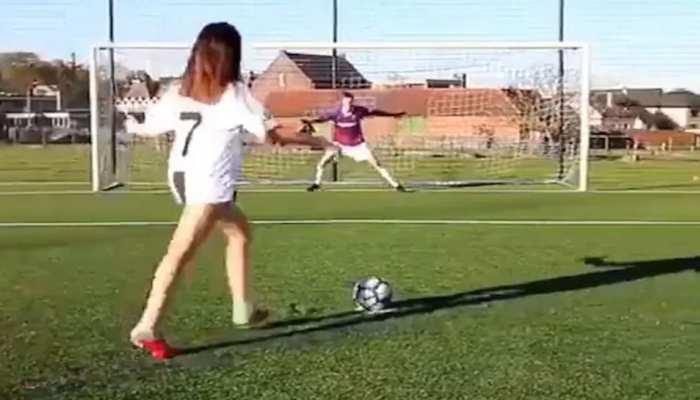 VIDEO: रोनाल्डो और मेसी के पेनल्टी किक की जबरदस्त नकल करती है यह लड़की