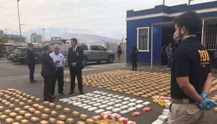चिली में पुलिस ने जब्त की 2 करोड़ डॉलर की कोकीन, 23 एसयूवी भी जब्त