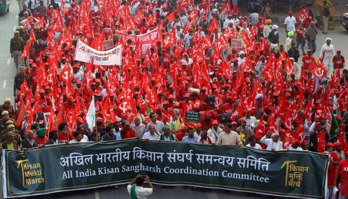 thousands of farmers gathered in delhi Jantar Mantar