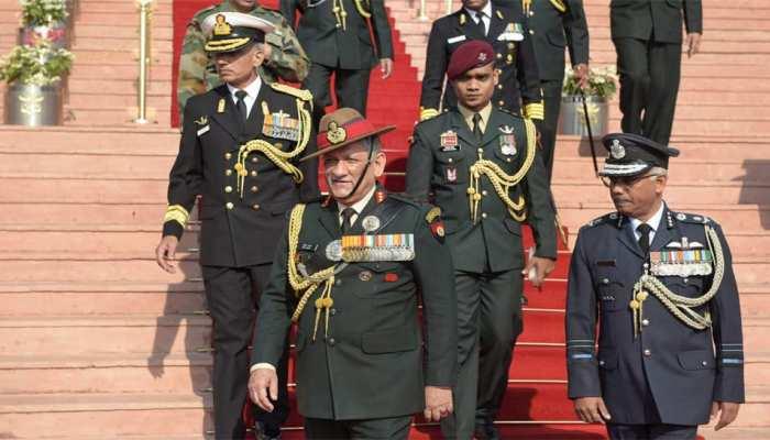 आर्मी चीफ बोले, 'महिलाओं की युद्धक भूमिका के लिए अभी तैयार नहीं भारतीय सेना'