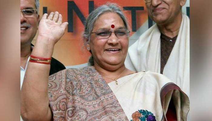 32 साल बीजेपी में रहीं करुणा शुक्ला को जोगी लाए कांग्रेस में, अब रमन के लिए चुनौती बनीं