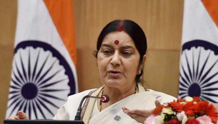 सुषमा स्वराज का पाकिस्तान पर वार, विदेश मंत्री से कहा- 'आप सिर्फ गुगली फेंकते हैं'