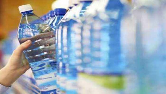पाकिस्तान के चीफ जस्टिस बोले- मैं 'मिनरल वाटर' कंपनियों पर ताला लगा देना चाहता हूं...