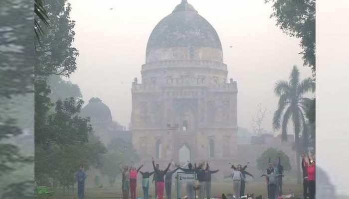 दिल्ली में ठंड ने दी दस्तक,आज सुबह 8 डिग्री सेल्सियस दर्ज किया गया तापमान