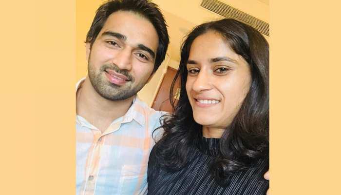 'गोल्डन गर्ल' विनेश फोगाट 13 दिसंबर को करेंगी शादी, सोमवीर राठी ने एयरपोर्ट पर किया था प्रपोज