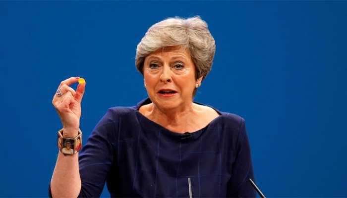 बिट्रेन की PM टेरेसा ने संसद को दी चेतावनी, EU में बने रहने से संकट हो सकता है खड़ा