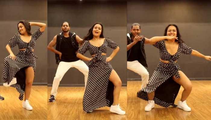 Video: रणवीर सिंह की 'सिंबा' के गाने पर नेहा कक्कड़ ने कुछ ऐसे 'मारी आंख..', देखें Dance