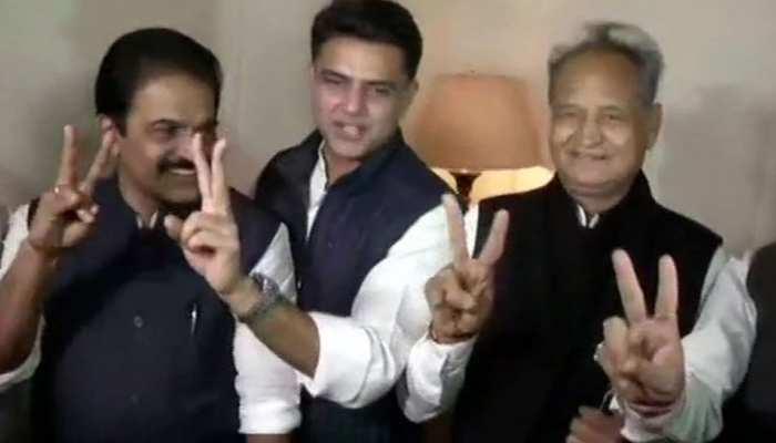 राजस्थान चुनाव परिणाम LIVE : रुझानों में बढ़त के बाद जयपुर में कांग्रेस की बैठक जारी