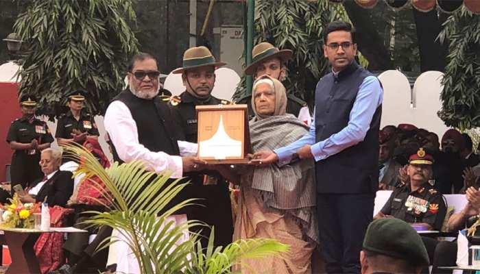 जिन भारतीय सैनिकों ने पाकिस्तान को चटाई थी धूल, उन वीरों को बांग्लादेश ने दिया सम्मान