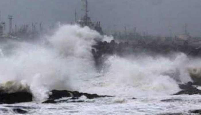 बिहार में दिख रहा है 'पेथाई तूफान' का असर, कई इलाकों में तेज बारिश