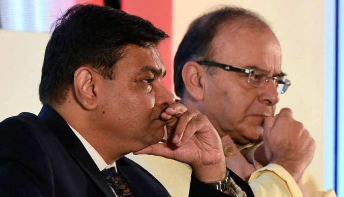 वित्तमंत्री अरुण जेटली का बड़ा बयान, सरकार ने कभी नहीं मांगा उर्जित पटेल का इस्तीफा