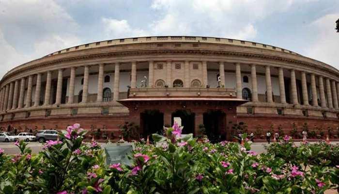 संसद की प्रमुख समिति ने की सिफारिश, काम पूरा न होने पर तय हो अफसरों की जिम्मेदारी