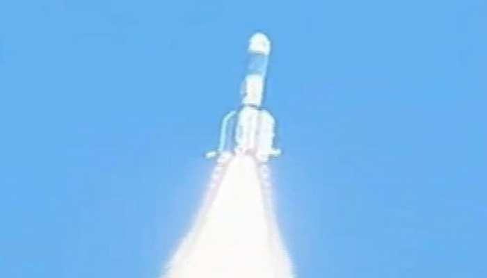 ISRO ने लॉन्च किया संचार उपग्रह GSAT-7A, भारतीय वायुसेना को मिलेगी 'नई ताकत'