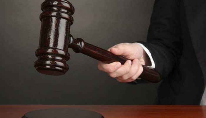 हमीरपुरः वकील की हत्या के दोषी पिता, चार बेटों समेत 6 को उम्रकैद