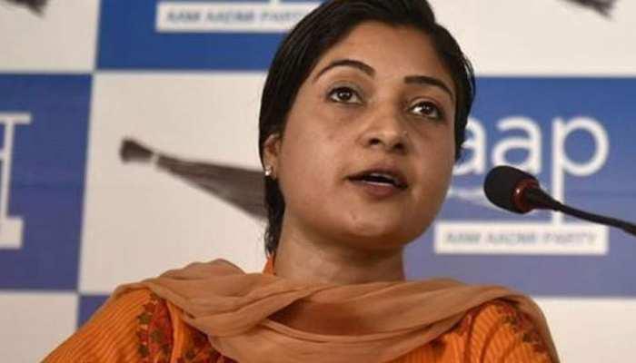 प्रस्ताव में राजीव गांंधी के जिक्र पर विवाद, AAP, बीजेपी,अलका लांबा के अपने-अपने दावे