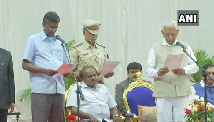 कुमारस्वामी ने कैबिनेट का किया विस्तार, कांग्रेस से आठ मंत्रियों को शामिल किया गाया