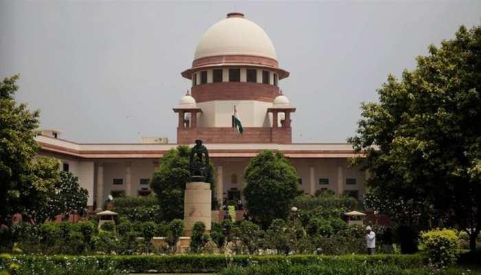 आधार मामले में संविधान पीठ के फैसले के खिलाफ सुप्रीम कोर्ट में पुनर्विचार याचिका दायर