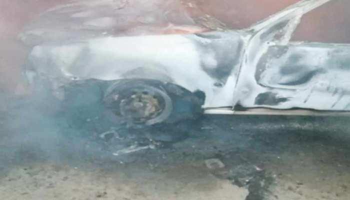 ग्रेटर नोएडा: चलती कार बनी आग का गोला, इंजीनियर की जिंदा जलकर मौत