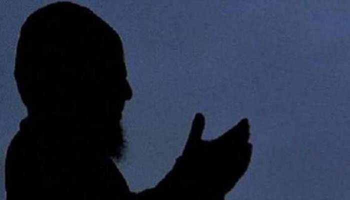 देवबंद के मुफ्ती ने कहा, 'सरकारी जमीन पर नमाज पढ़ना गलत'