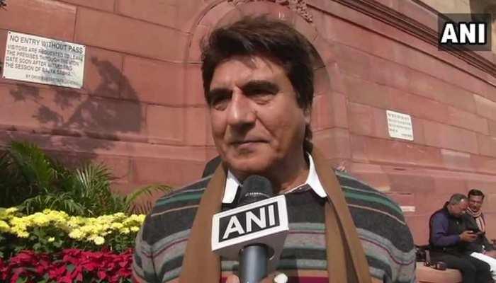 अखिलेश के बयान पर बोले राज बब्बर, 'सपा के राष्ट्रीय नेता की बात में नाराजगी नजर आ रही है'